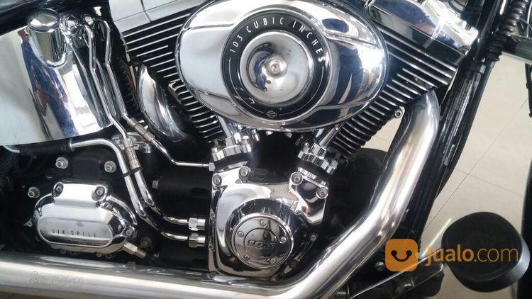 Harley Davidson Heritaige Warna Hitam 2014 (13209223) di Kota Tangerang Selatan