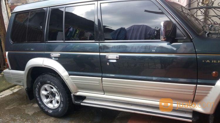 MITSUBISHI PAJERO Hijau Putih Metalik 97 (13358693) di Kota Medan