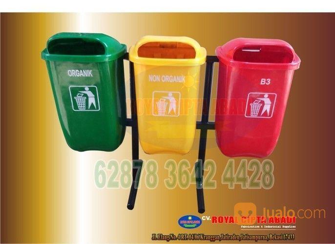 Tempat Sampah Pilah 3 Oval Bbahan Fiber (14183951) di Kota Bekasi