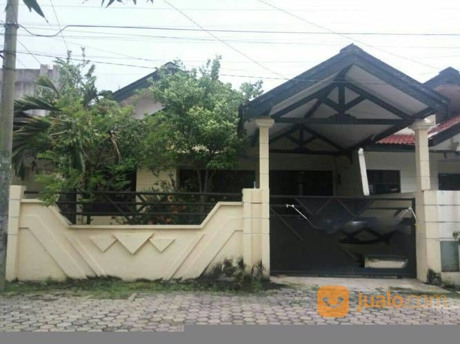 Rumah Taman Pondok Indah Lingkungan Bersih Dan Row Jalan Lebar (14335641) di Kota Surabaya