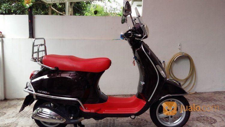 Piagio Vespa Lx 150 Tahun 2012 Hitam Jock Merah (14373203) di Kota Jakarta Timur