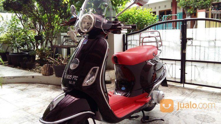 Piagio Vespa Lx 150 Tahun 2012 Hitam Jock Merah (14373205) di Kota Jakarta Timur