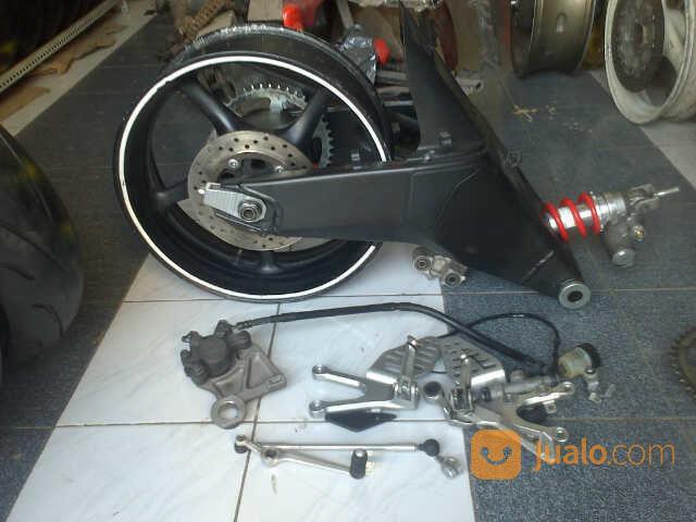 Swing Arm R6 Full Set (14659429) di Kota Surabaya