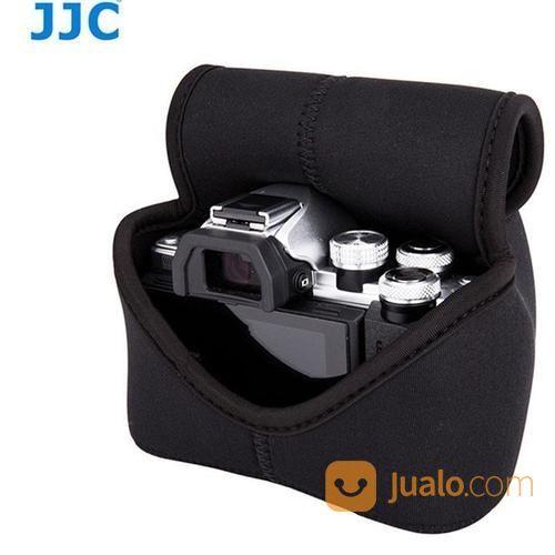 JJC Mirrorless Camera Pouch Case OC-F2BK For Camera Sony / Canon / Olympus / Fujifilm / Nikon (14723325) di Kota Surabaya