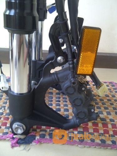 Upside down yamaha r1 aksesoris motor aksesoris motor lainnya 14726797
