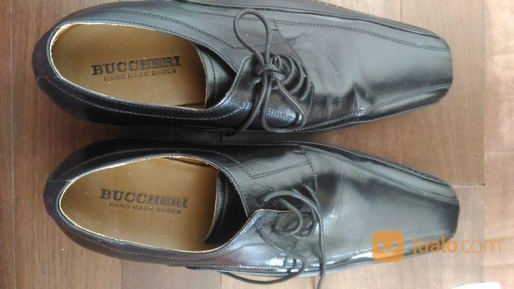 Sepatu Pria Merk Buccheri Size 41