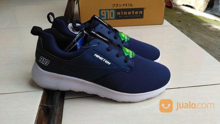 Sepatu sneakers origi pria 14771375