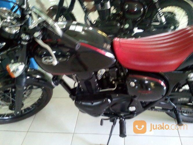 Black Classic Motor (14842673) di Kab. Semarang