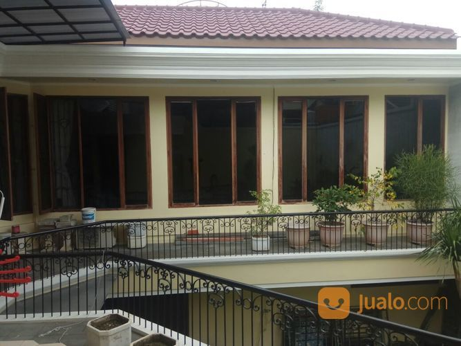 Rumah Di Dharmahusada, Surabaya Timur (15158401) di Kota Surabaya
