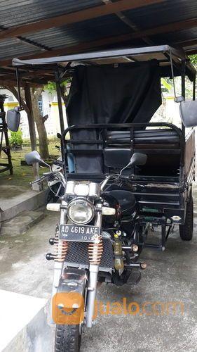 Tossa Plat AD Tahun 2016 (15180817) di Kota Surakarta