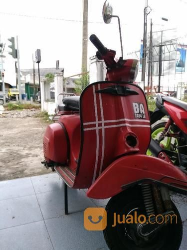 VESPA SUPER TAHUN 75 (15252989) di Kota Padang