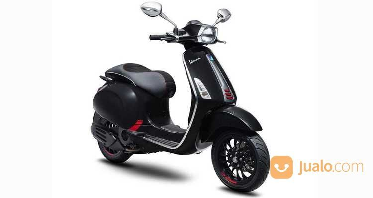 Vespa Piaggio Sprint Carbon 150 Cc Iget 2018 ABS (16250265) di Kota Bekasi