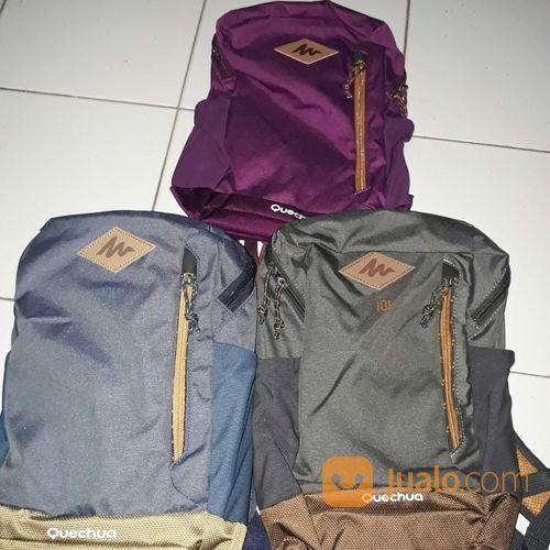 Tas Quechua N-Hiking 10l (16420089) di Kota Jakarta Selatan