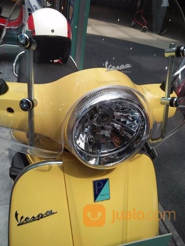 Piaggio Vespa LX 125cc (16637211) di Kota Jakarta Timur