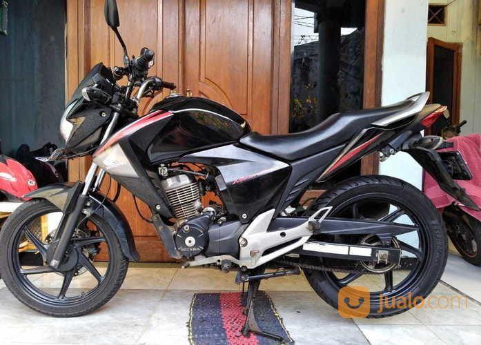 Megapro Monoshock Karburator 2012 (16725047) di Kota Tangerang