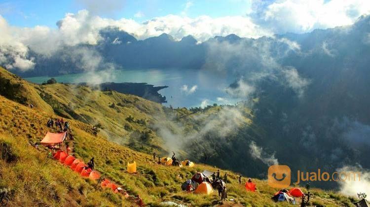 Open Trip Pendakian Rinjani (16770471) di Kota Depok
