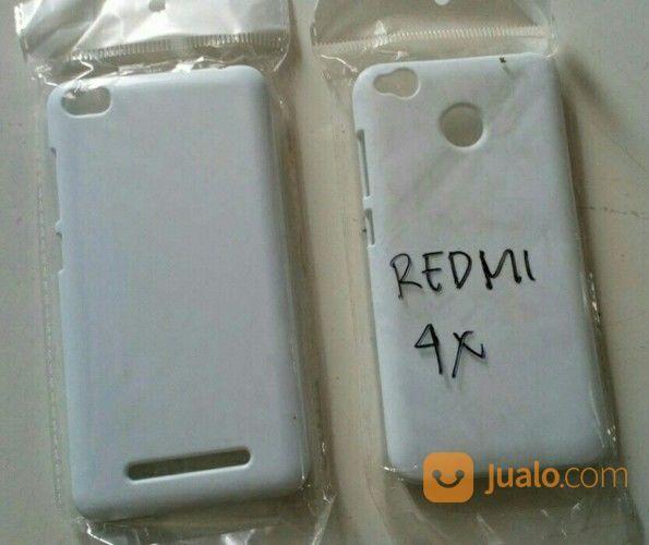 Minion Crowd Xiaomi Redmi 4x Custom Hard Case (17115195) di Kota Bekasi
