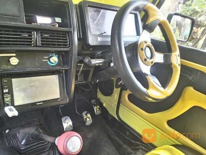 Jeep Jimny Katana 2WD (17286623) di Kota Makassar