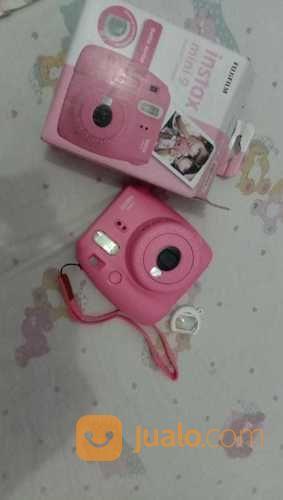 Kamera Polaroid Fujifilm INSTAX Mini 9 (17408491) di Kota Blitar