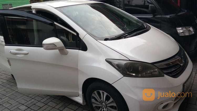 Honda Freed 1.5 E PSD AT 2012 Putih KM90.22 Pajak 2018/8 (17537963) di Kota Semarang