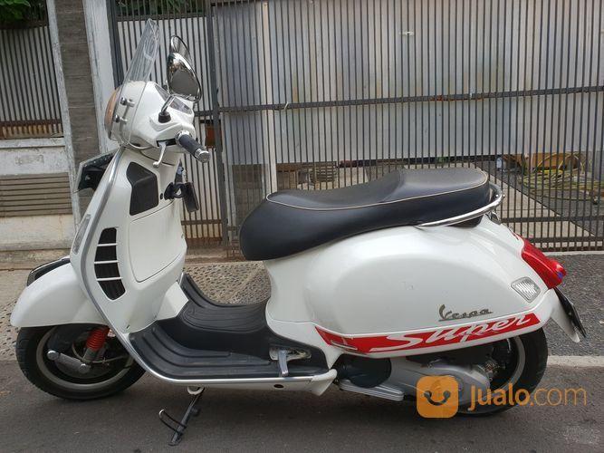 Vespa GTS 3v Ie 150 Monte Bianco / White (17584975) di Kota Jakarta Timur