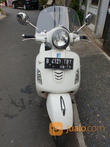 Vespa GTS 3v Ie 150 Monte Bianco / White (17584991) di Kota Jakarta Timur