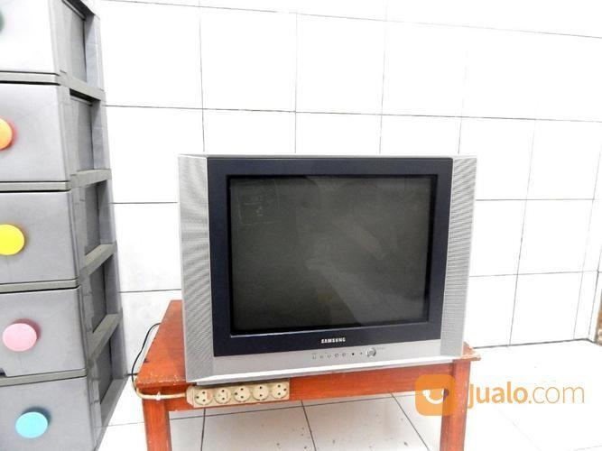 Samsung Tv 21 In Layar Datar Silver Jernih Suara Ok Katapang Kab.Bandung (17812847) di Kab. Bandung