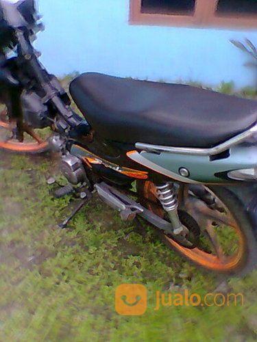 Suzuki Smash SR Th 2005 (17927015) di Kota Medan
