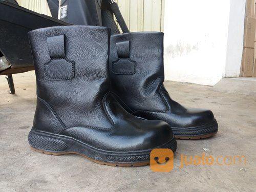 Safety boots surabaya pria 18027099