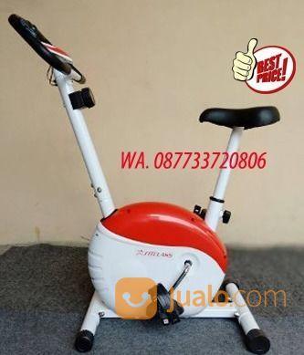 Sepeda magnetik stati peralatan fitness 18236911