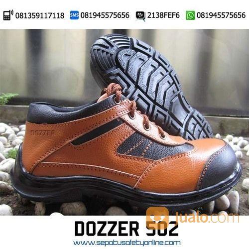 Sepatu safety buat se pria 18507095