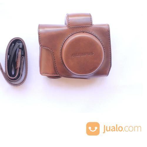 Leather Case Kamera Mirrorless Olympus OMD EM10 Mark II (18618079) di Kota Surabaya