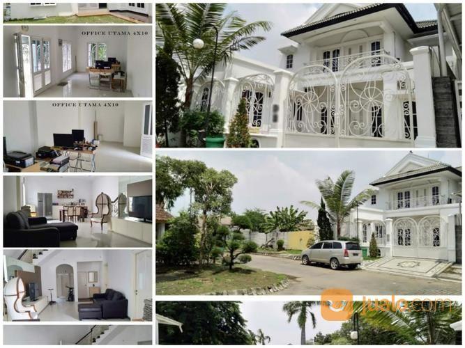 NEW GRESS Rumah FULL FURNISH Graha Famili R Bangunan NEW RENOVASI (18724527) di Kota Surabaya
