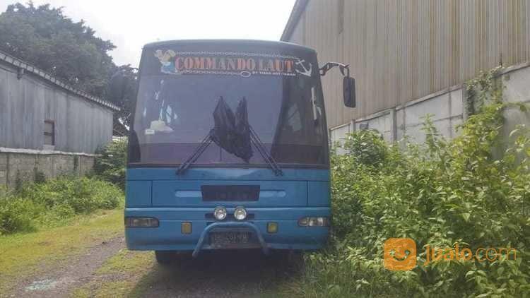 Bis 60 seat nissan ck mobil bus 19058375