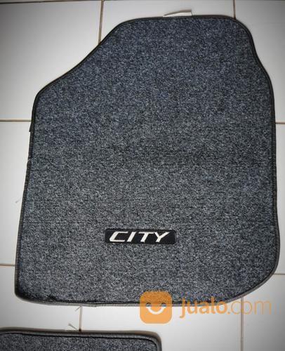 Karpet Lantai Dalam Honda City Original (19513299) di Kab. Sumedang