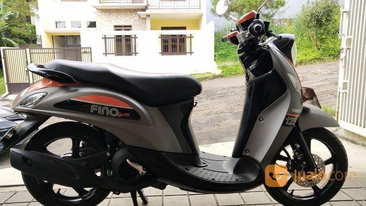 Motor Yamaha Fino Sporty 2018 Bandung Km 4rb Baru 7 Bulan Pajak Panjang (19680259) di Kota Bandung