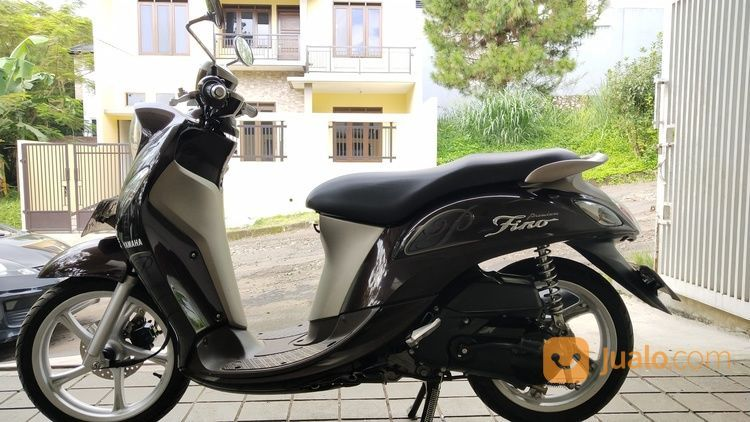 Motor Yamaha Fino Premium 2018 Coklat Km 4rb Rendah Mulus Pajak Panjang (19693111) di Kota Bandung