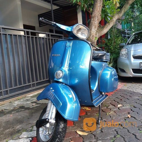 Vespa Super 75 Metallic Blue (19895287) di Kota Semarang