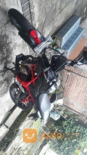 Sepeda motor cb 150 r motor honda 19918535