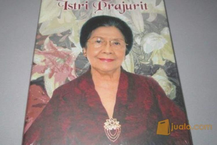 Karlinah umar wirahad buku sejarah 2003064