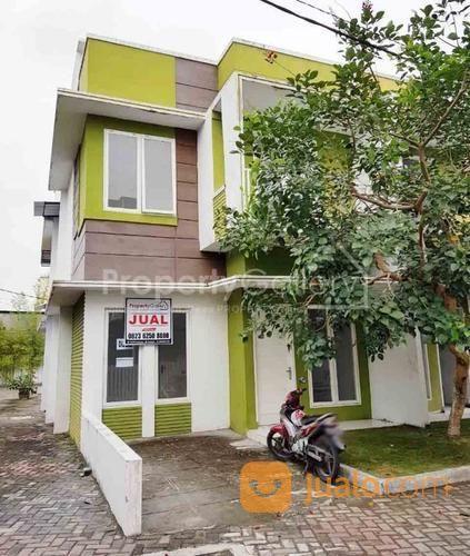 Rumah Komplek Santa Fe (Jalan Bunga Raya) Medan (20044011) di Kota Medan
