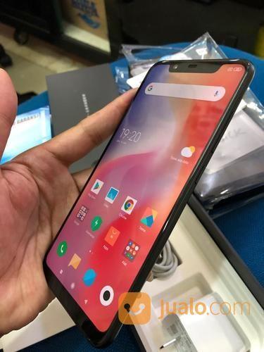 Xiaomi Mi 8 6/128GB Black Fullset Ori Mulus Garansi (20266311) di Kota Jakarta Selatan