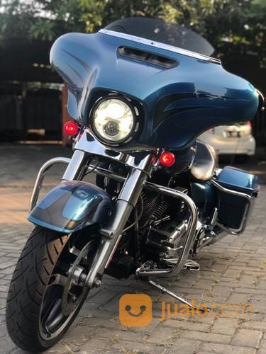 Harley Davidson Streetglide (20545351) di Kota Surabaya