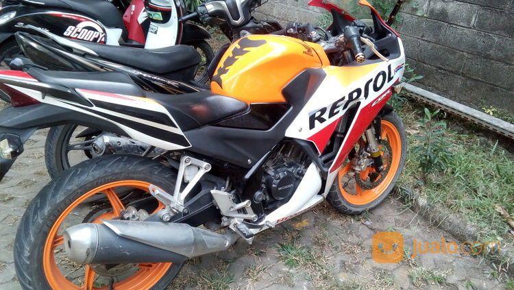 Honda CBR 150R Repsol 2016 (20690211) di Kota Bekasi