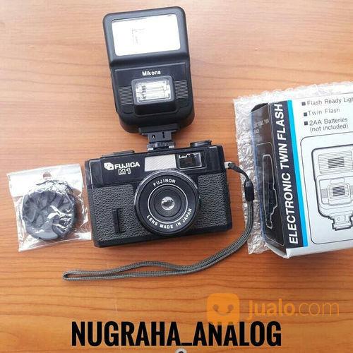Kamera Analog Fujica M1 + Flash Mikona + Lens Cap (21023683) di Kota Jakarta Timur