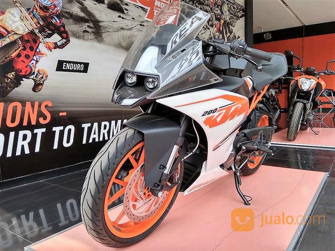 Promo Obral Cuci Gudang Motor KTM RC 200 - Dealer Resmi Eks KTM ( Kondisi Unit Baru ) (21029451) di Kota Bekasi