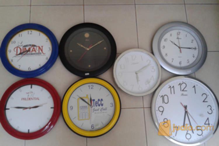 Vendor Jam promosi dan kenang-kenangan event dengan Photo/ logo (2113863) di Kota Tangerang