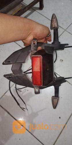 Lampu Belakang Spakbor Belakang Minerva Xroad (21306963) di Kota Bandung