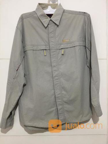 Kemeja VANS Abu - Abu Grey Size M Lengan Panjang ORIGINAL (21318899) di Kota Tangerang Selatan