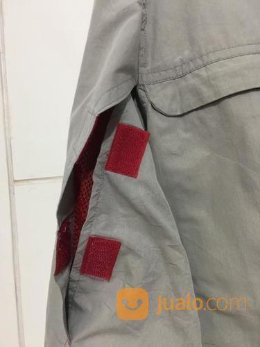 Kemeja VANS Abu - Abu Grey Size M Lengan Panjang ORIGINAL (21318911) di Kota Tangerang Selatan